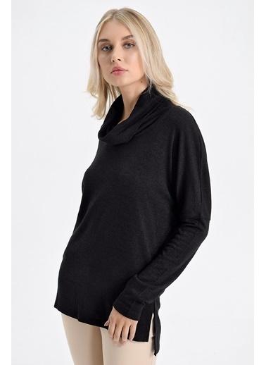 Jument Alba Degaje Yaka Düşük Omuzlu Uzun Kol Salaş Bluz Siyah